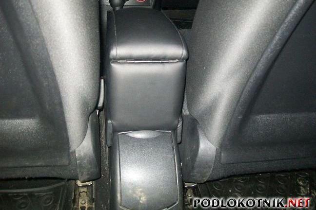 Фото подлокотника на Ситроен С4 хэтчбек 1 кузов
