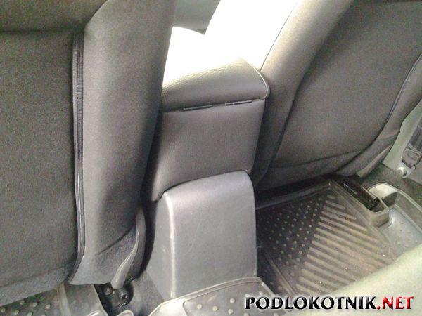 Фото подлокотника на Ситроен С4 седан