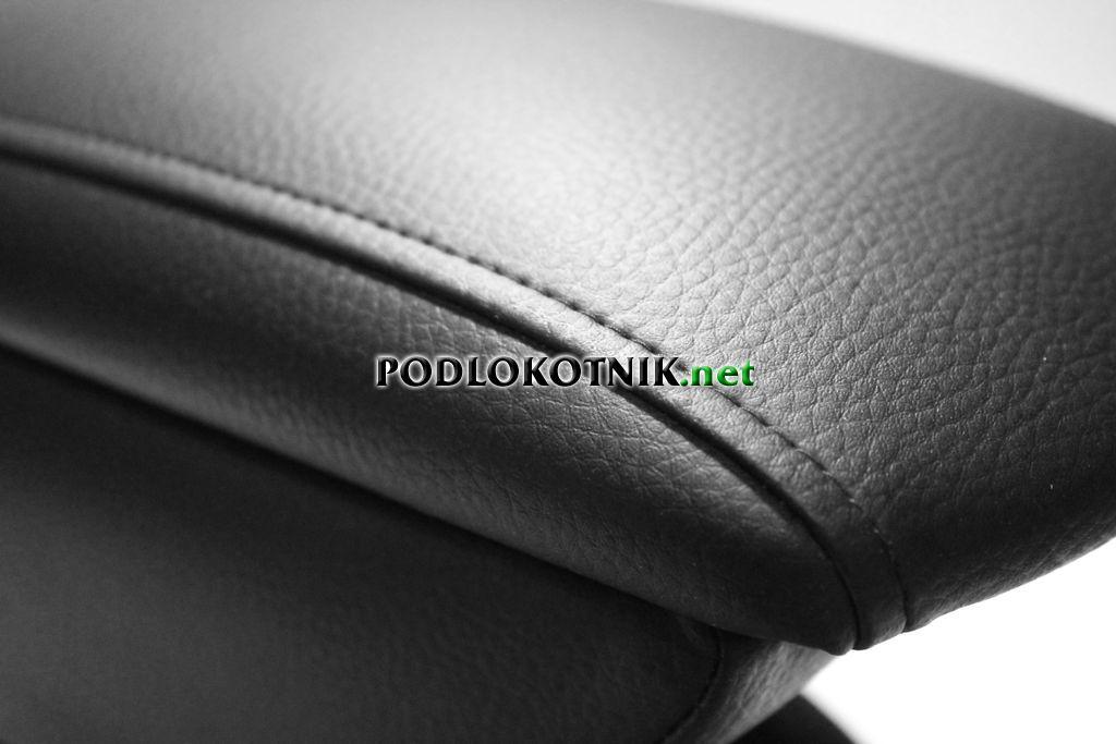 Фото подлокотника на Фольксваген Поло седан