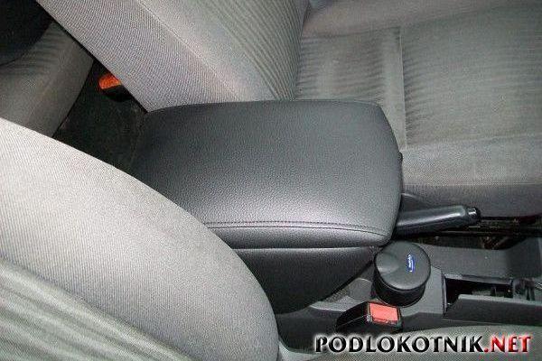Фото подлокотника на Форд С-Макс