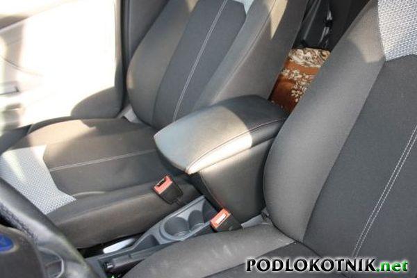Фото подлокотника на Форд Экоспорт