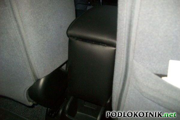 Фото подлокотника на Хонда Джаз
